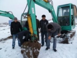 挖掘機維修
